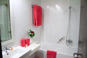 room - bathrom-showeer